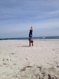 b handstand long beach 14